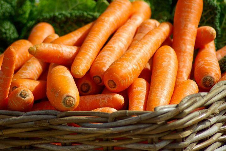 5 Простых способов вырастить гладкую, ровную и красивую морковку 1