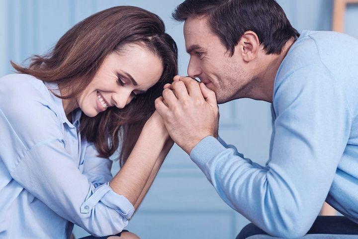 7 Признаков заинтересованности вами мужчин 2