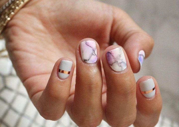 Интересные идеи маникюра на короткие ногти 21