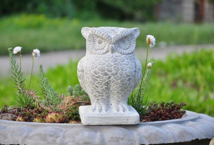 Как делать садовые фигуры из бетона? 3