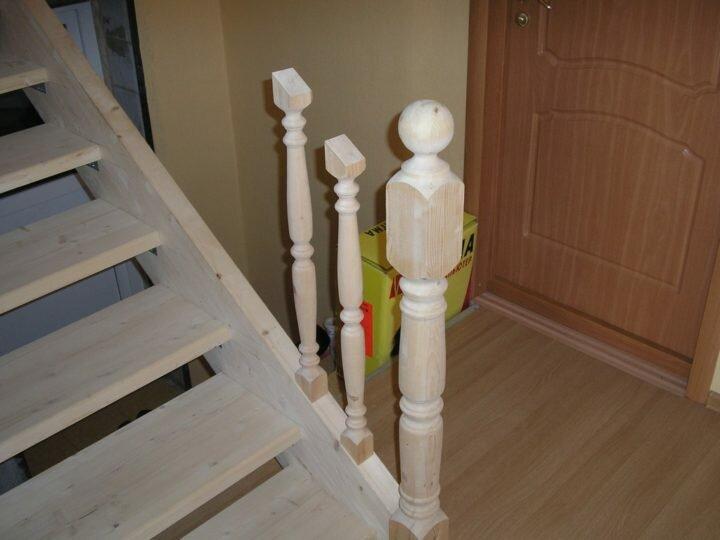 Как правильно крепить балясины к ступеням и перилам? 3