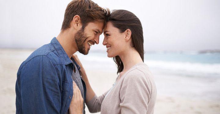 Как узнать любит ли тебя парень 5
