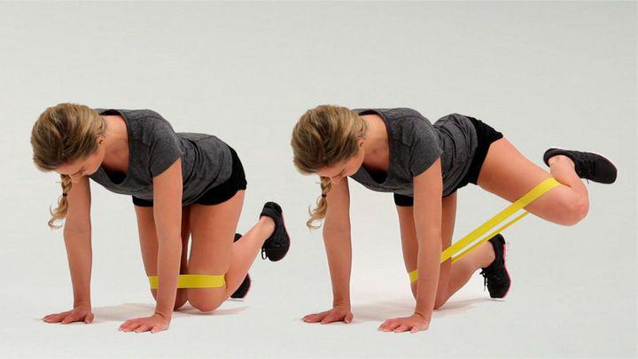 Комплекс упражнений с фитнес-резинкой 9