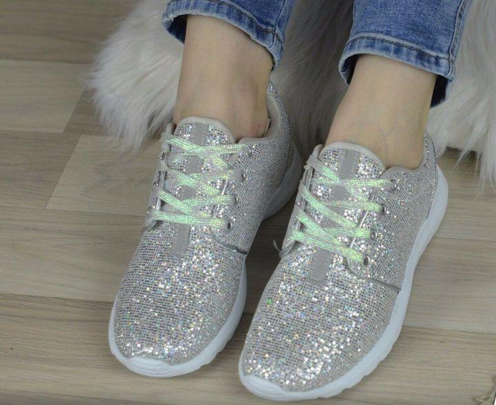 Кроссовки, выбираем модную обувь 2019 33