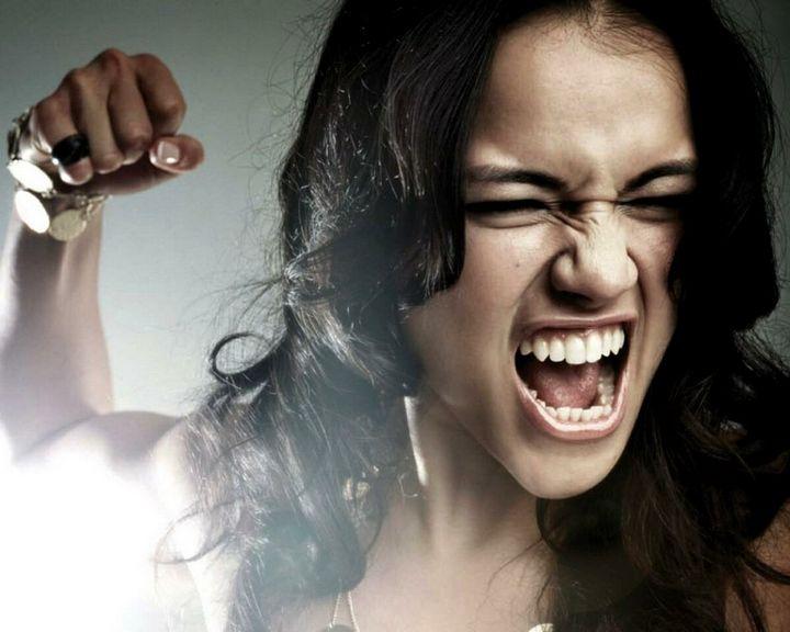Кто такая женщина-психопат? Основные признаки в поведении 5