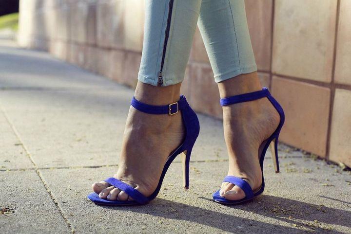 Лучшие варианты летней обуви на каблуке 7