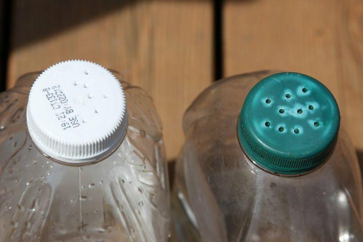 Не стоит выкидывать пластиковые бутылки - пригодятся на даче! 12