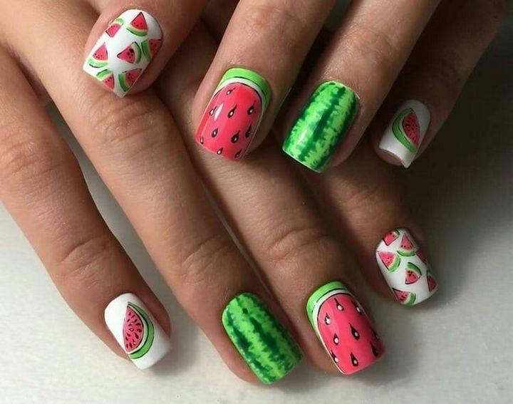 Сочные летние краски в ногтевом дизайне 15
