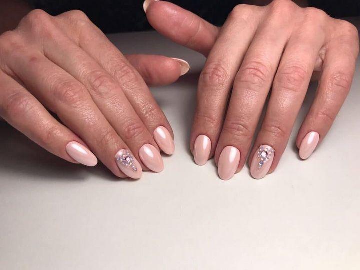 Сочные летние краски в ногтевом дизайне 31
