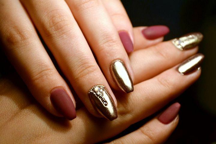 Сочные летние краски в ногтевом дизайне 37
