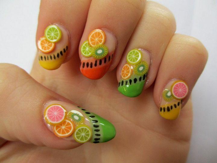 Сочные летние краски в ногтевом дизайне 16