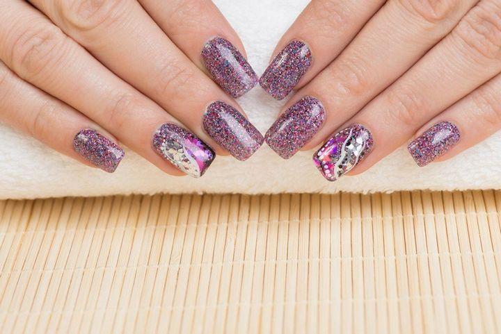 Сочные летние краски в ногтевом дизайне 43