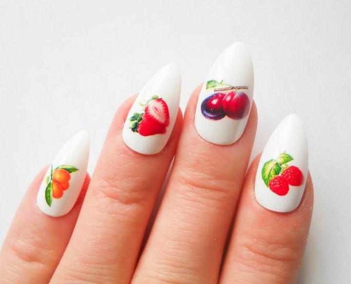 Сочные летние краски в ногтевом дизайне 11